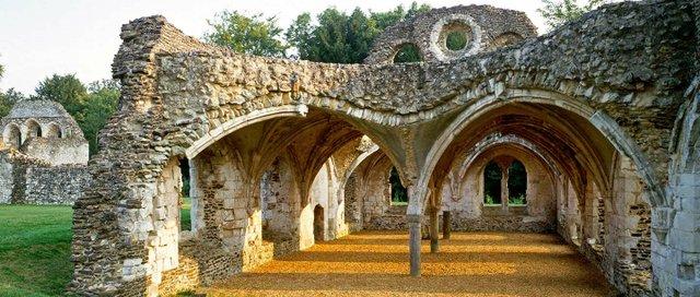 waverley abbey.jpg