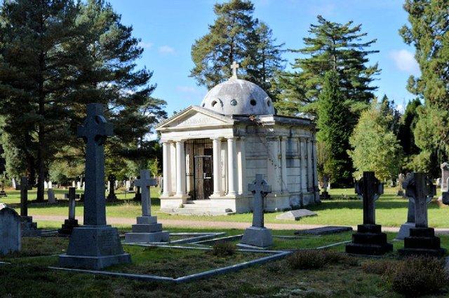 brookwood cemetery.jpg