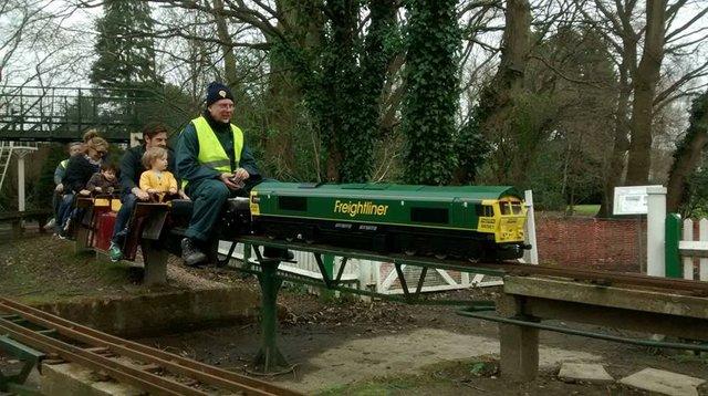 thames-ditton-miniature-steam-railway-.jpg