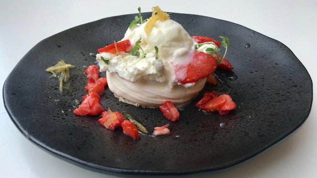 6. strawberries Pavlova IMG_4538.jpeg