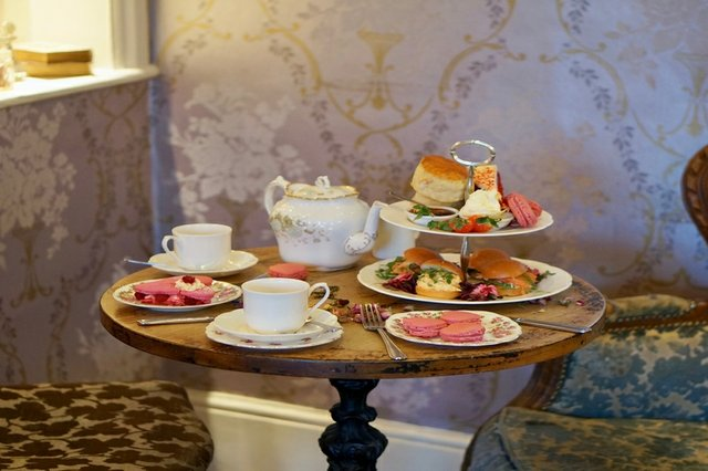 best-afternoon-tea-surrey-london.jpg