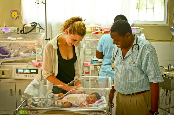 Laura-Carmichael-Haiti-Hospital-Appeal-Visit-3 (3 of 3).jpg