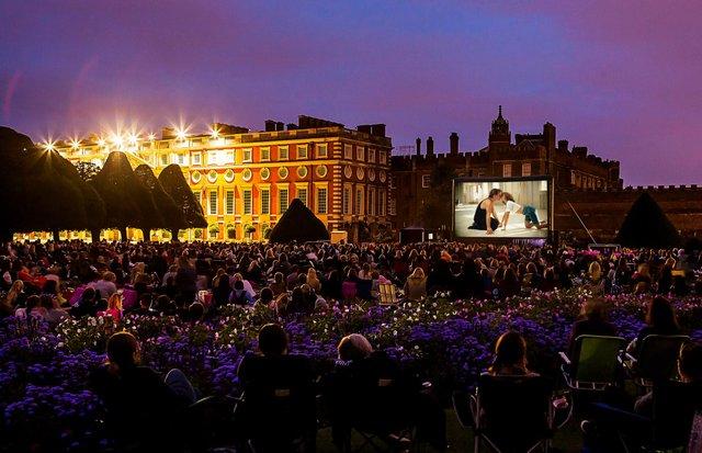 Hampton-Court-Palace-_DirtyDancing.jpeg