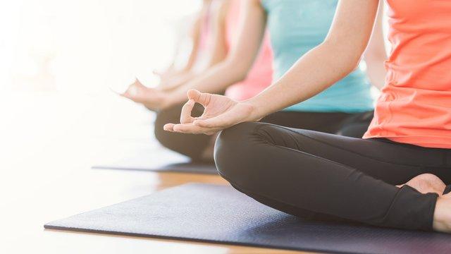 Julie_Yoga.png