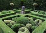 raworth garden maze.jpg