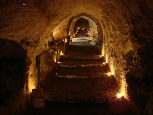 barons cave 1.jpg