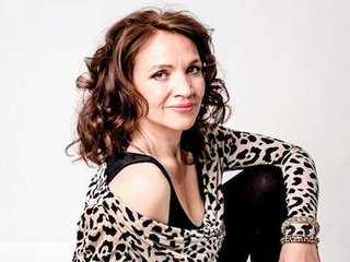 jacqui dankworth main.jpg