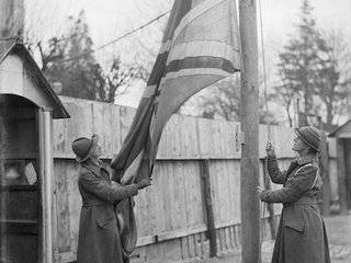 hoisting flag Bourges.jpg