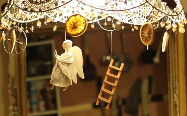 christmas ornaments fair cranleigh.jpg