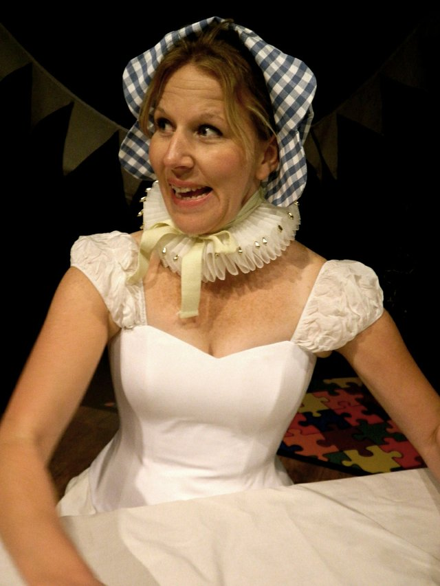 CreativeCow_MerryWives_Katherine Senior as Mistress Page_sm.jpg