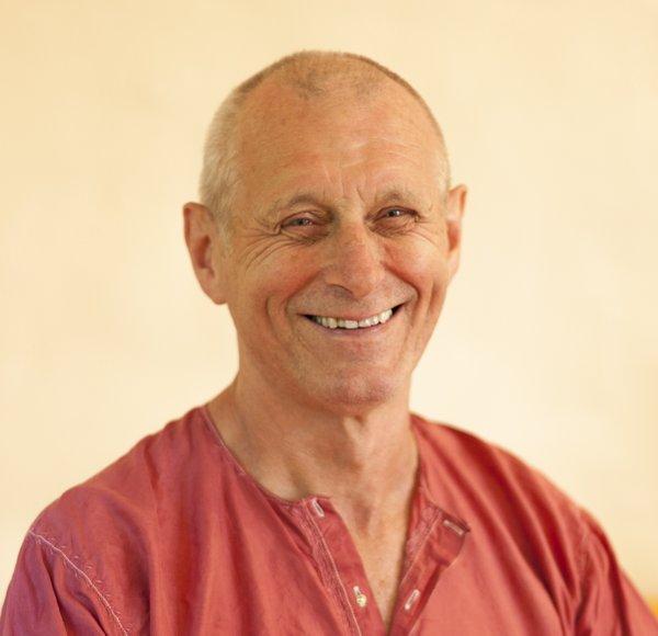 Swami Nischalananda