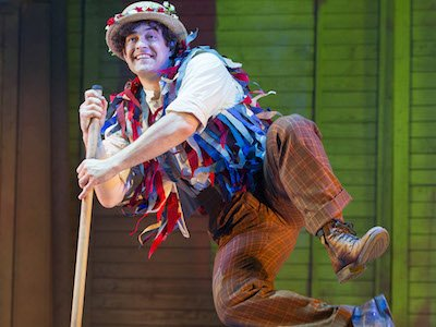 Lee Mead as Caractacus Potts in Chitty Chitty Bang Bang. Credit Alastair Muir (2) copyweb.jpeg