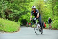 Climbing Box Hill (CC-BY-2.0 Sizbut-Flickr).jpg