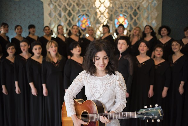 Katie-Melua-Gori-Women-s-Choir-4 copyweb.jpeg