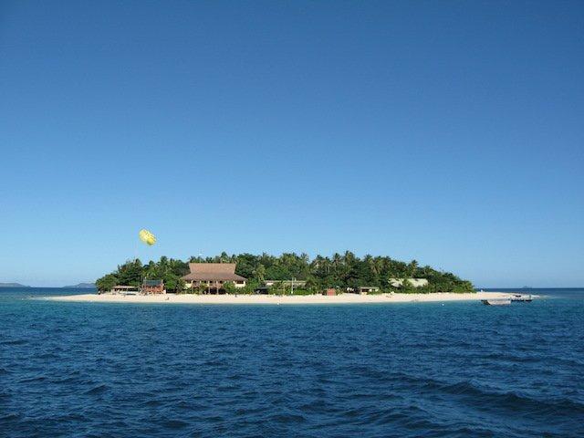 Beachcomber Island, Fiji copyweb.jpeg