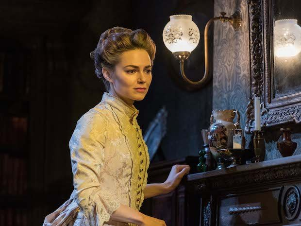 Gaslight Kara Tointon as Bella Manningham.jpg
