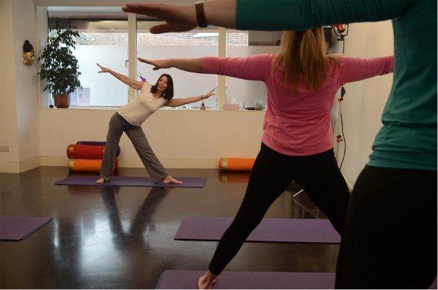 yoga class (640x424).jpg