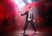 Deco (Brian Gilligan), in The Commitments, photo credit Johan Persson (Press Image 3) copy.jpg