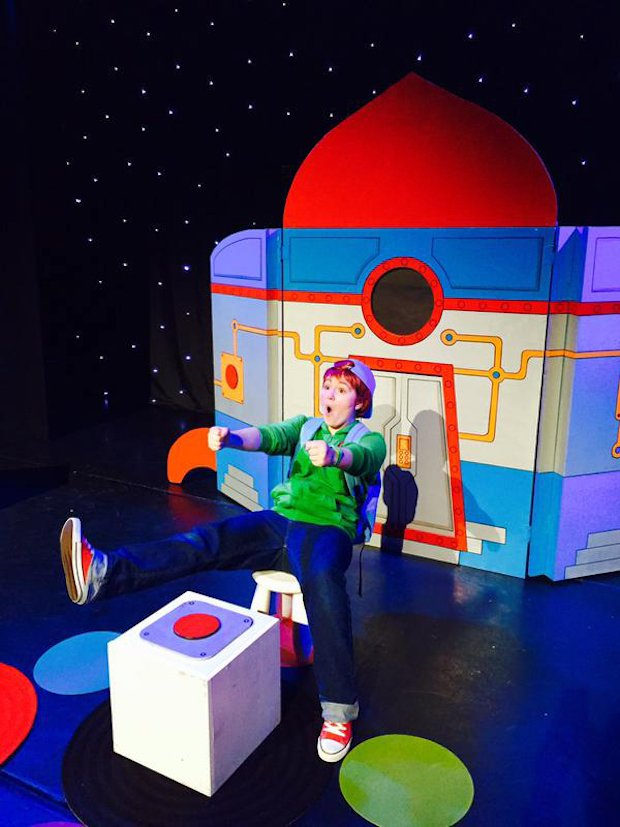 YAT MILL STUDIO KIDS Adventures with Sam In Outer Space.jpg