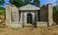 Mausoleum-Deepdene-Trail-©-MVDC-768x467.jpg